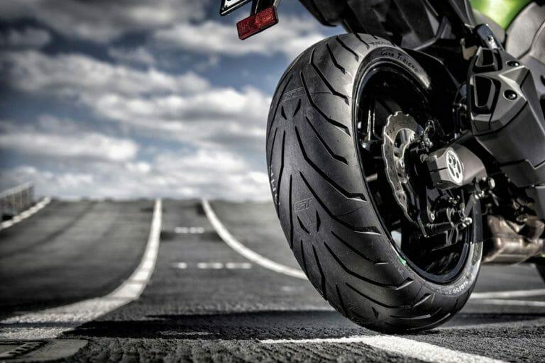 Motosiklette Güvenli Sürüş Teknikleri