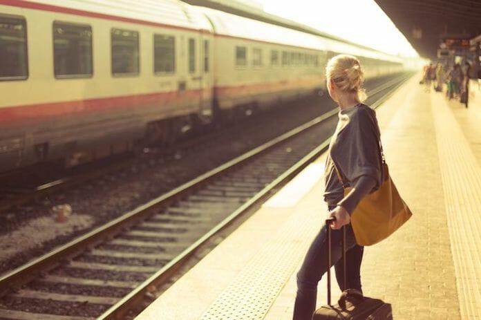 tren ve bavul